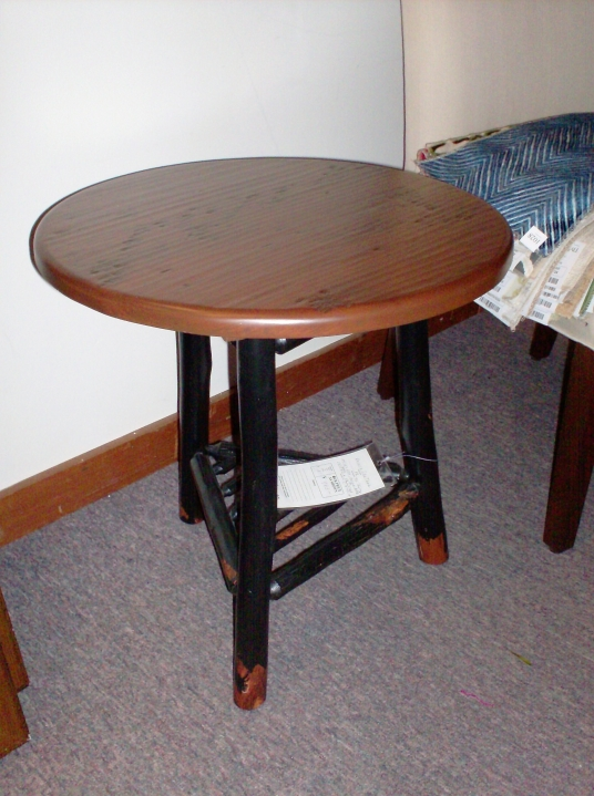 Clearance end table lachance interiors for Clearance end table set